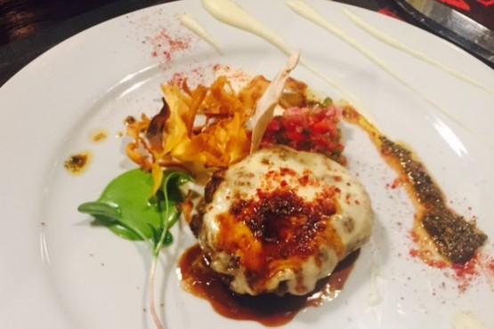 El Guanaco como alimento gourmet y popular en El Calafate
