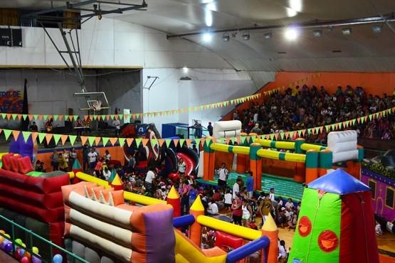 Con una gran fiesta, quedaron oficialmente inauguradas las Colonias de Verano
