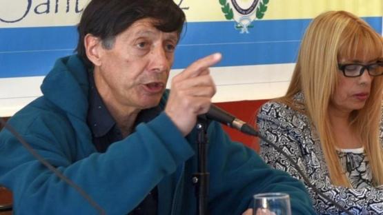En receso legislativo, Martínez continúa entregando terrenos