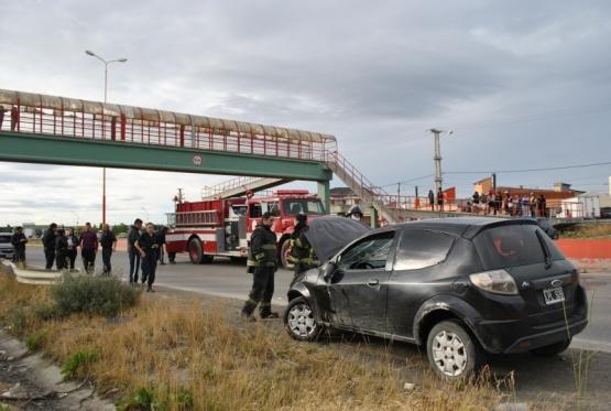 Joven conductor protagonizó violento vuelco en la Autovía