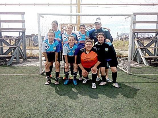 """Malvinas y """"Lucho"""" se metieron en las semis de la Copa de Plata"""