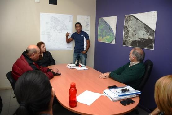 Campagnucci atendió el reclamo de los vecinos del 68 viviendas y tendrían soluciones provisorias