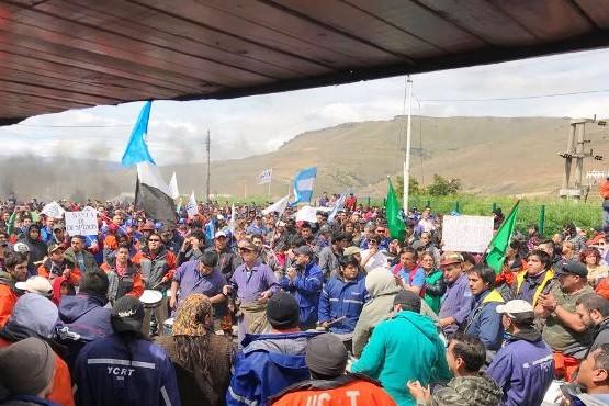 Provincia acompaña a despedidos de YCRT