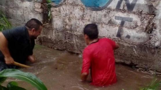 Inundación trágica: un muerto y más de 300 evacuados
