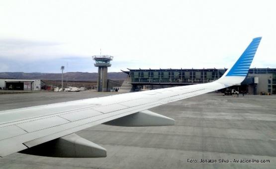 Aerolíneas acorta a 2 meses la baja de vuelos Ushuaia-El Calafate