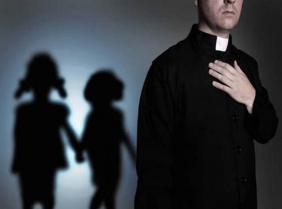Padre de menor abusada cargó contra el obispo D´Annibale: