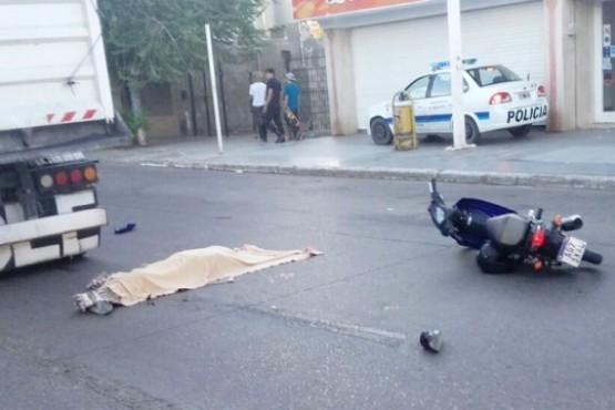 Polémica por la muerte del motociclista que fue arrollado por un camión