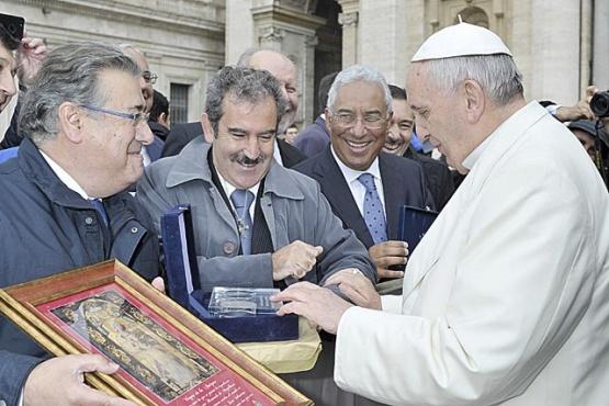 Sigue en pie la invitación a Francisco para los 500 años de la primera misa