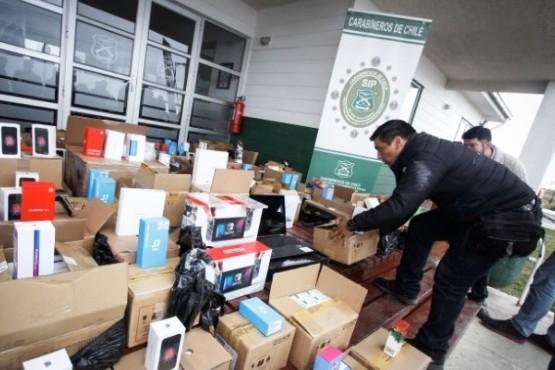 Ciudadano indio le pagó $1 millón al conductor para contrabandear artículos electrónicos