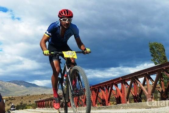 Facundo Pérez Costa dominó en el Mountain Bike del Lago