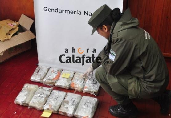 Interceptan casi 12 kilos de marihuana