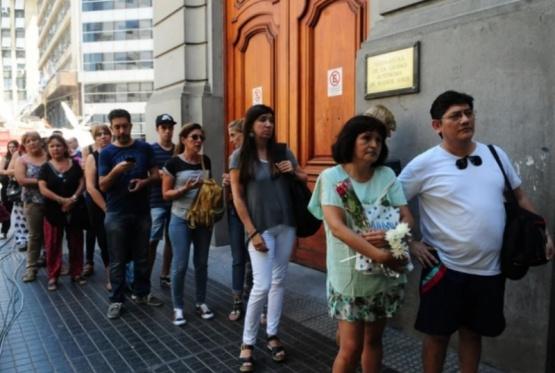 Más de 4 mil personas despidieron a Débora Pérez Volpin