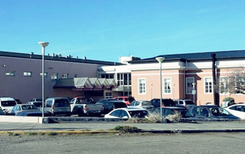 Cáceres continúa internado en el Hospital de Puerto Deseado.