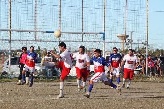 Mucho fútbol en la Liga de los Barrios