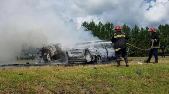 Diez muertos luego de un choque de frente entre dos autos