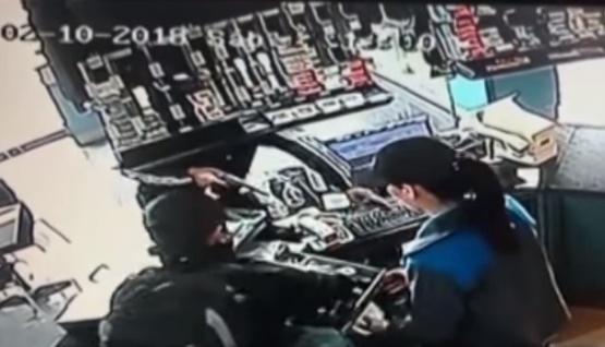 Dos sujetos asaltan estación de servicio
