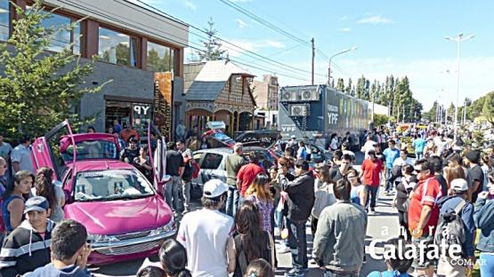 Miles de turistas en Calafate. (Ahora Calafate)