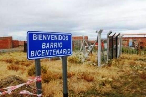 """Roban equipo de sonido a la murga """"Los Amantes del Bicentenario"""""""