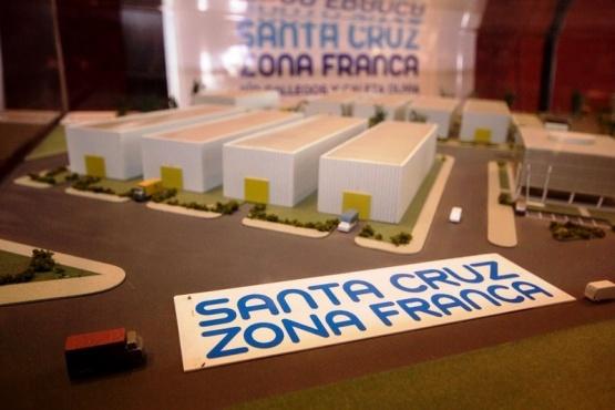 Zona Franca: ahora lo que viene a paso lento es la reglamentación de Aduana
