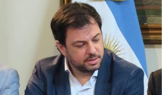 Renunció Valentín Díaz Gilligan