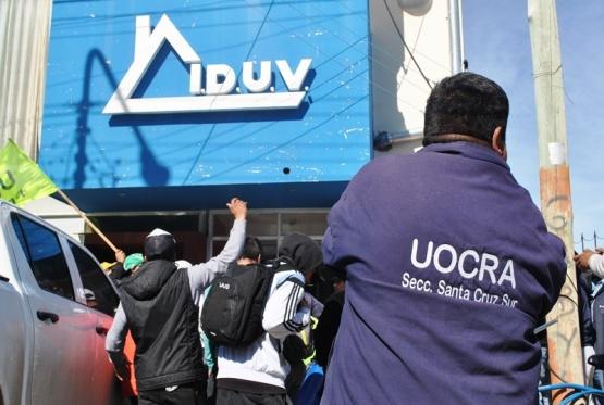 IDUV aclaró que no contratan gente de los sindicatos sino empresas