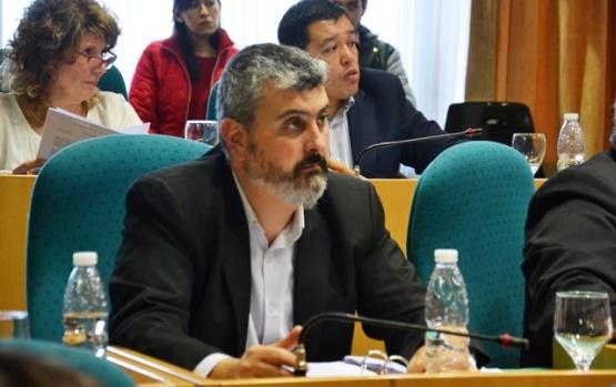 """""""La gente demanda que Reyes o Costa generen soluciones para la provincia"""""""