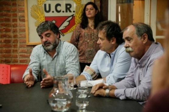 """Héctor Roquel """"enalteció lo que es la dirigencia política"""""""