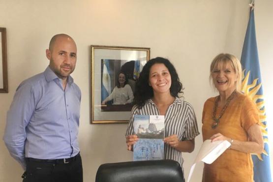 De Corrientes a Santa Cruz por el premio de Casas de Provincia