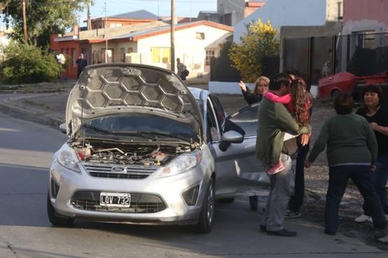 Estado en que terminaron los rodados tras chocar en calle Hernán Cortés. (Fotos: C.G.)