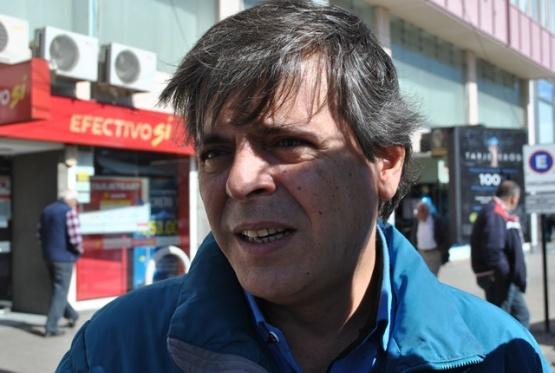 Leguizamón analizó buscar alternativas al Banco Santa Cruz