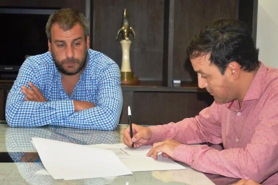 Prades firmó un nuevo convenio con el IDUV