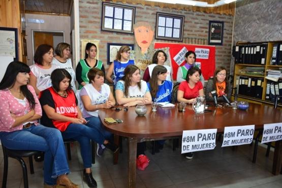 La Mesa de Mujeres informó actividades por el 8 de Marzo