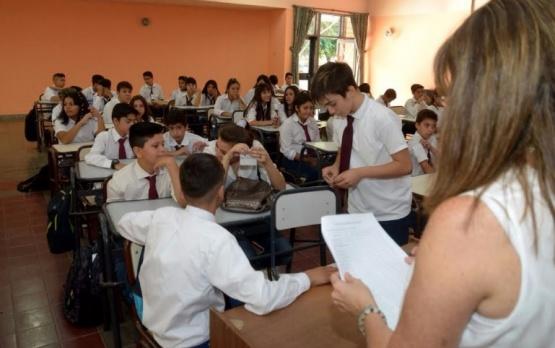Aumento a docentes por decreto