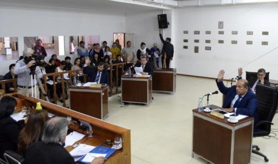 El Concejo pidió al Municipio que arbitre medios para pagar salarios
