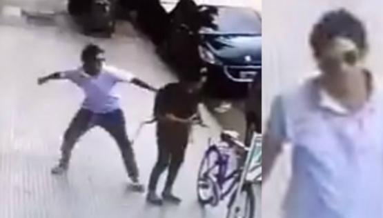 Buscan a un hombre que golpeó a una mujer en la calle