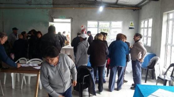 Jubilados de YCRT piden cobrar Decreto 1474/07 en tiempo y forma