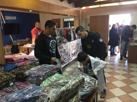 Inició la entrega de Kits Escolares en Río Gallegos