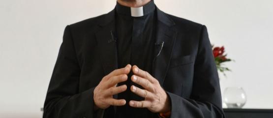 Proyecto para que el Estado deje de financiar a la Iglesia