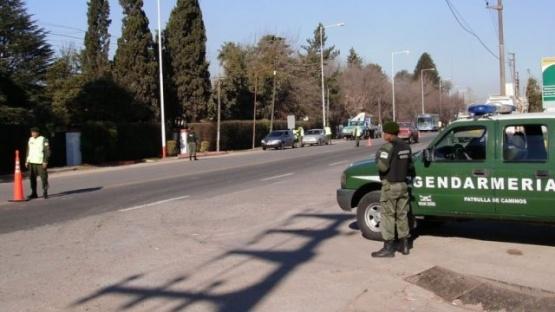 Detuvieron a un pasajero que venía a Gallegos e intentó sobornar a gendarmes