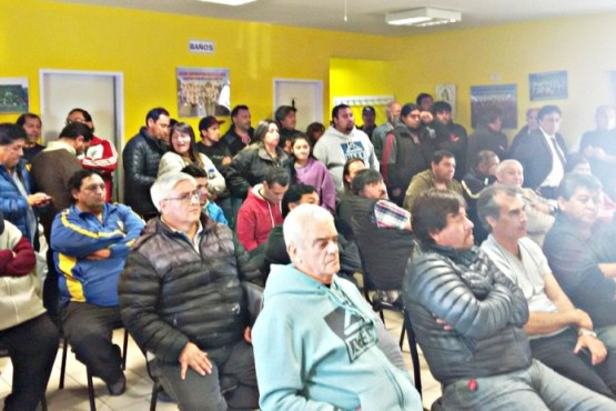 Asamblea y polémica en el fútbol de los barrios