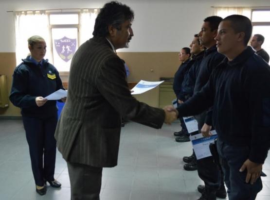 Realizaron entrega de certificados en el Centro de Entrenamiento y doctrina policial