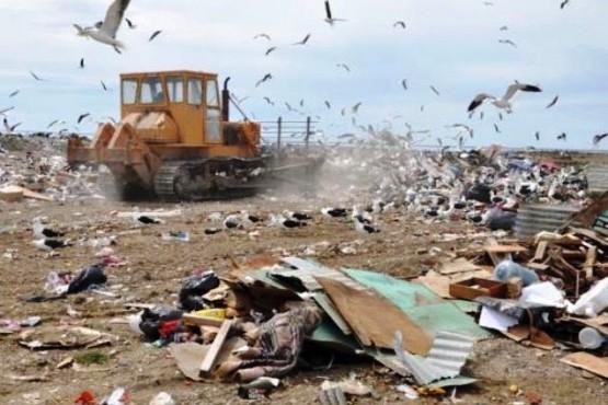 Ambiente trabajará con los municipios en la gestión de residuos