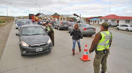 Gobernador de Magallanes realizará gestiones para contratar seguro por internet en Argentina