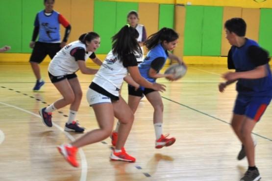 El handball toma vuelo en el Lucho Fernández