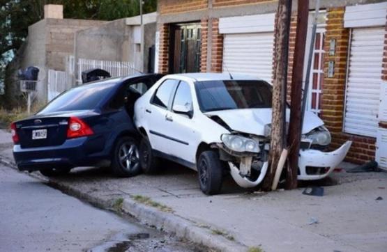 Impactante colisión en Caleta Olivia