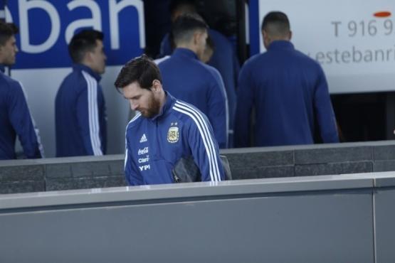 Lionel Messi quedó descartado para el amistoso contra España