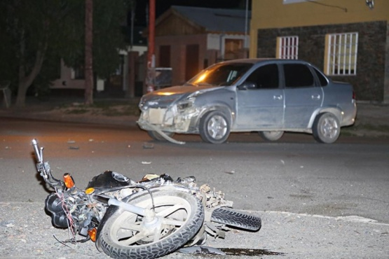 Un motociclista trasladado al hospital tras colisión
