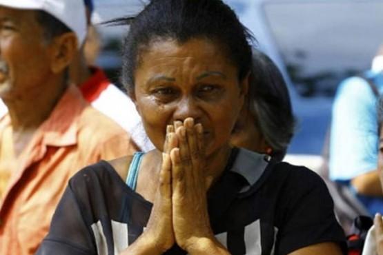Según denunciaron a la agencia de noticias familiares de los internos, los fallecidos perecieron por asfixia y quemaduras.