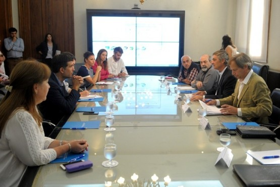 Se conformó el Grupo de Trabajo Interministerial sobre Buenas Prácticas en materia de Aplicaciones de Fitosanitarios