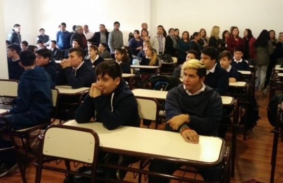 Abrió con 55 alumnos.